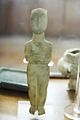 Cycladic female figurine 2800-2300 BC, AM Naxos (01), 119781.jpg
