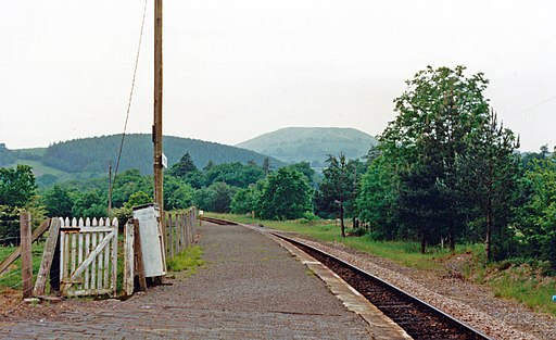 Cynghordy station geograph-3859572-by-Ben-Brooksbank