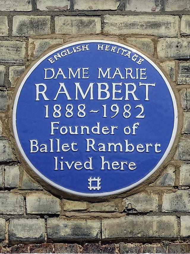 Marie Rambert blue plaque - Dame Marie Rambert 1888-1982 founder of Ballet Rambert lived here