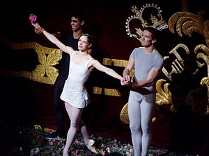 "Darcey Bussell - Darcey Bussell, Carlos Acosta and Gary Avis curtain call for ""Song of the Earth"", 8 June 2007"