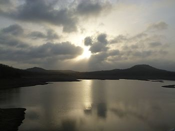 Dawn at kamleshwar dam.jpg