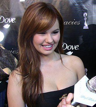 Debby Ryan - Ryan at the 2011 Gracie Awards