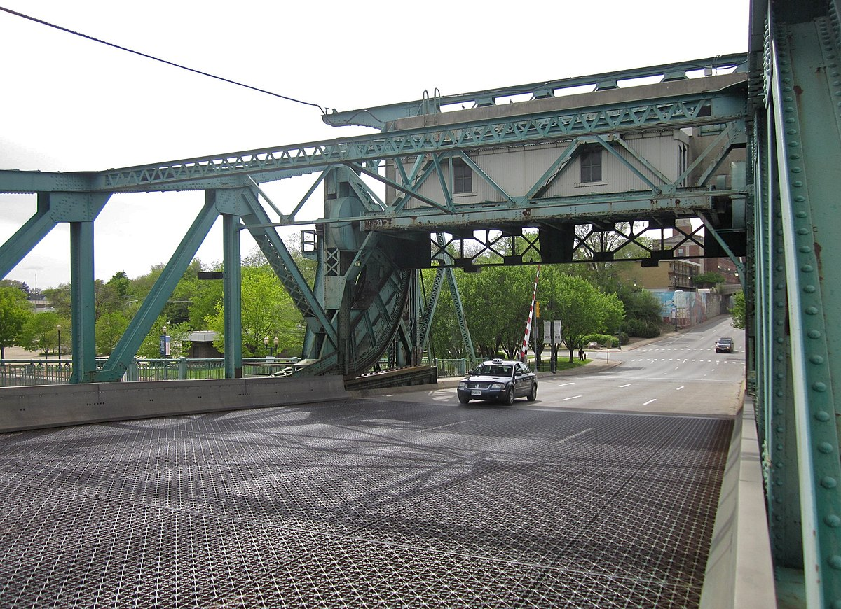 Deck of Jefferson St Bridge - Joliet IL 2012.jpg