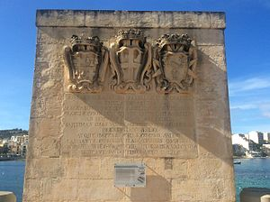 Dellia Battery - Plinth with the battery's coats of arms and inscription