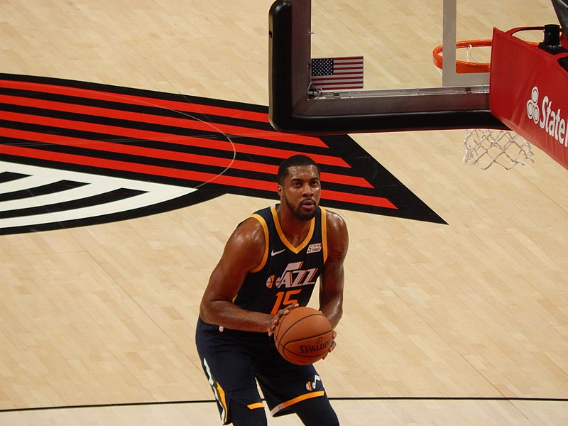 File:Derrick Favors Utah.jpg