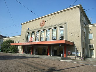 Dessau Hauptbahnhof - Image: Dessau,Hauptbahnhof 2009