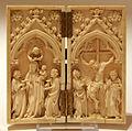 Diptiek met Madonna gekroond door een engel en Kruisiging.JPG