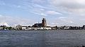 Dordrecht gezien vanaf Zwijndrecht III.jpg