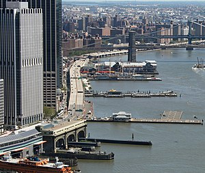 Downtown Manhattan Heliport 2011-08-29.JPG