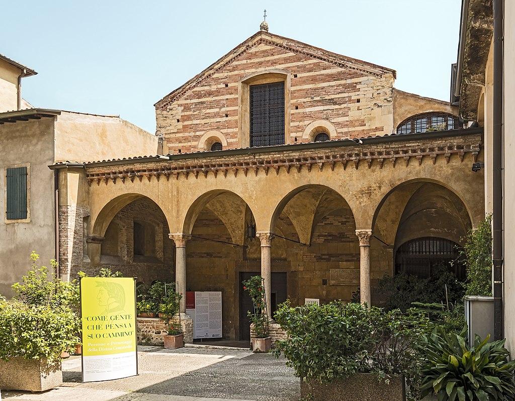 Duomo (Verona) - Sant'Elena (Verona) - Facade.JPG