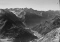 ETH-BIB-Val Bregaglia, Blick nach Südwesten auf Pizzo Cengalo-LBS H1-018042.tif