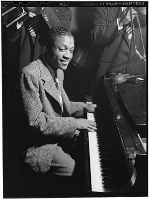 Eddie Heywood - Eddie Heywood at the Three Deuces, New York City, c. May 1946