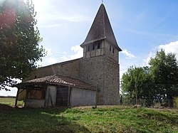 Eglise de Cremens, Magnan.jpg