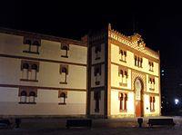El Bibio bullring at night.jpg