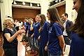 El Movistar Estudiantes de Baloncesto Femenino celebra su ascenso a primera con la alcaldesa (03).jpg