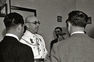 José Moscardó Ituarte - Image: El general Moscardó presenciando un partido de pelota en el frontón de Gros