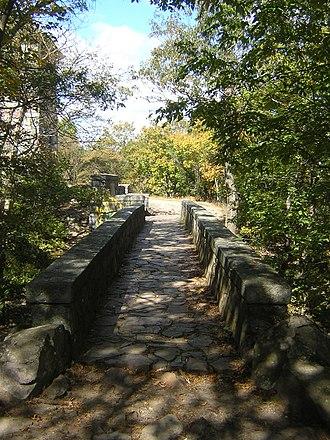 Eliot Memorial Bridge - Image: Eliot Bridge Milton MA 03