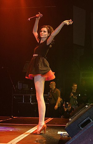 Sophie Ellis-Bextor - Ellis-Bextor performing at G-A-Y in 2007