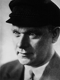 Ernst Thälmann 1932.jpg