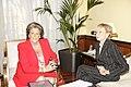 Fernández de la Vega se reúne con la alcaldesa de Valencia. Pool Moncloa. 6 de octubre de 2008.jpeg