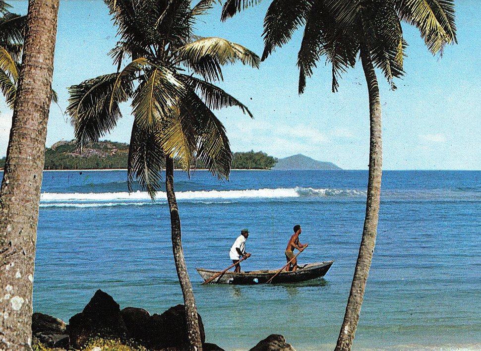 Fishermen pirogue Seychelles