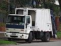 Ford Cargo 1517 2003 (10335330514).jpg