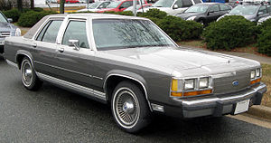 Ford LTD Crown Victoria - 1988–1991 LTD Crown Victoria sedan