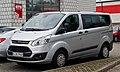 Ford Tourneo Custom Kombi 2.2 TDCi Trend (VII) – Frontansicht, 28. Juli 2013, Münster.jpg