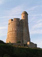 Val de saire wikivoyage le guide de voyage et de - Office du tourisme st vaast la hougue ...