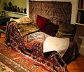 Freud's couch, London, 2004.jpeg