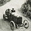 Georges Boillot vainqueur au Mont Ventoux en 1912, sur Peugeot L76.jpg