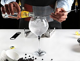 Gin Tonic Schweppes