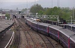 Gloucester railway station MMB 53 43071 158887.jpg