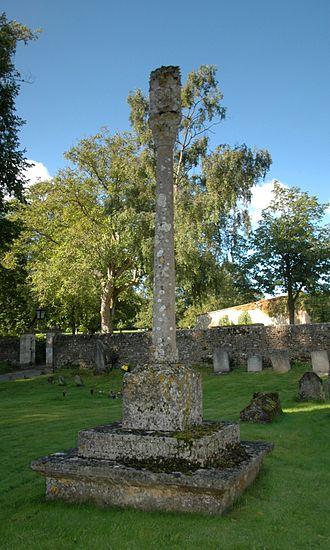 Henry Barnett (banker) - Churchyard cross at St Mary's parish church, Glympton, erected in 1897 as Henry Barnett's monument