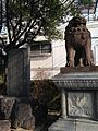 Guardian Lion on Sando of Suwa Shrine.jpg