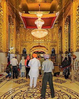 Gurudwara Bangla Sahib in New Delhi 03-2016 img4.jpg