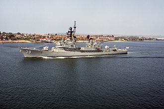 Perth-class destroyer - Hobart underway in 1992