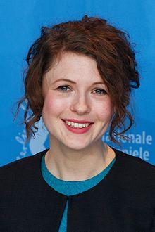 Hannah Steele Photo Call Der-junge Karl Marx Berlinale 2017 05.jpg