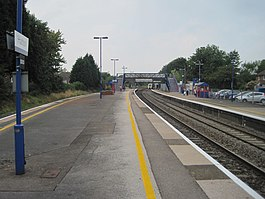 Hatton railway station, Warwickshire, geograph-3623578-by-Nigel-Thompson.jpg