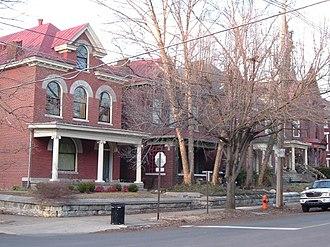 Original Highlands, Louisville - Highland Ave in the Original Highlands