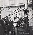 Hijmans en Van Gogh in het machine-laboratorium van de TH Delft, 1912.jpg