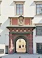 Hofburg Schweizertor 5.2006.jpg