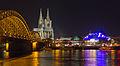 Hohenzollernbrücke - Kölner Dom - MusicalDome bei Nacht-2928.jpg