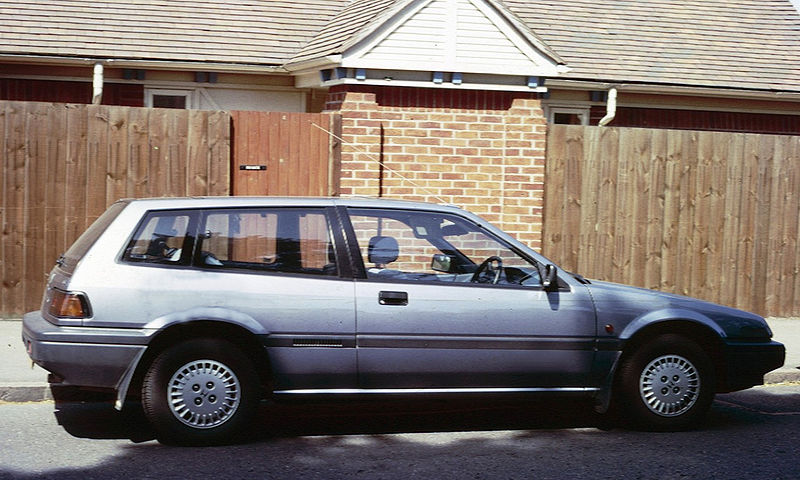 800px-Honda_Accord_Aerodeck_Cambridge_19