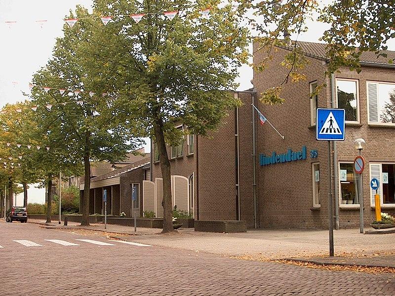File:Hoorn - Lindendael.jpg