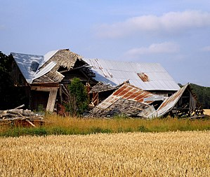 Structural integrity and failure - Collapsed barn at Hörsne, Gotland, Sweden.