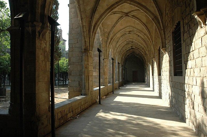 Fitxer:Hospital de la Santa Creu de Barcelona - Galeria.JPG