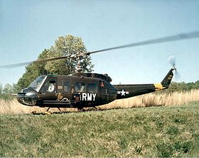 Un Bell UH-1D Huey dell'US Army