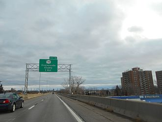 Interstate 190 (New York) - I-190 approaching exit 11 in Buffalo