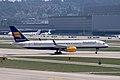 Icelandair B757-200 (TF-FII) @ ZRH, Aug 2015.jpg